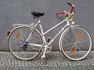 Weißes Damensportrad