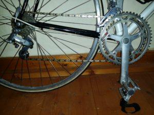 EIn Fahrrad mit Kettenschaltung