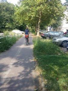 8. Fahrradweg am Eisstadion in der Oderstrasse