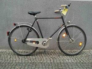 Tourenrad mit großem Rahmen